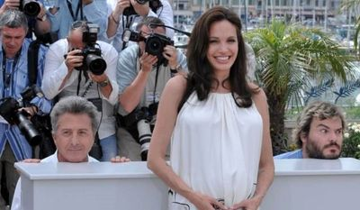 JACK BLACK (AP IMAGES) Jack Black and Dustin Hoffman were quick to jump in on the paparazzi's photo of the beautiful, Angelina Jolie.