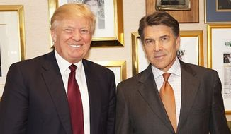 """Donald Trump continued his public fight with Republican presidential rival Rick Perry on Wednesday, tweeting a photo of the former Texas governor """"begging for my support and money."""" (Instagram/@realdonaldtrump)"""