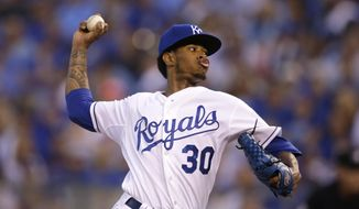 Kansas City Royals starting pitcher Yordano Ventura throws during the first inning in Game 1 of baseball's American League Division Series against the Houston Astros, Thursday, Oct. 8, 2015, in Kansas City. (AP Photo/Orlin Wagner)