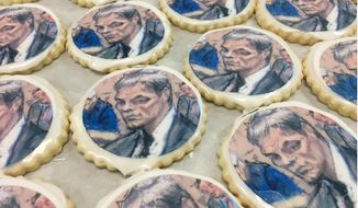 Tom Brady coutroom sketch cookies sold at Taylor's Bakery in Indianapolis ahead of the Patriots-Colts game. (Image: Facebook)