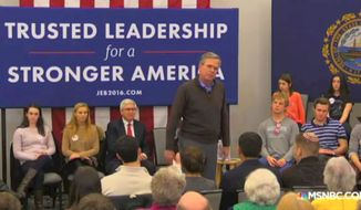Jeb Bush has now asked an audience to applaud for him.