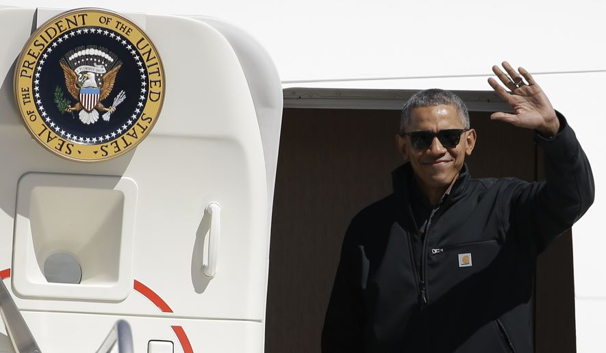 President Barack Obama waves as he arrives to Bariloche, Argentina, Thursday, March 24, 2016. Obama is closing his two-day visit to Argentina by spending the afternoon with his family in Bariloche, a picturesque city in southern Argentina, before departing for Washington. (AP Photo/Natacha Pisarenko) ** FILE **