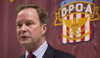 Michigan Attorney General Bill Schuette reportedly will target two to four individuals connected with the Michigan Department of Environmental Quality and the City of Flint. (Associated Press)