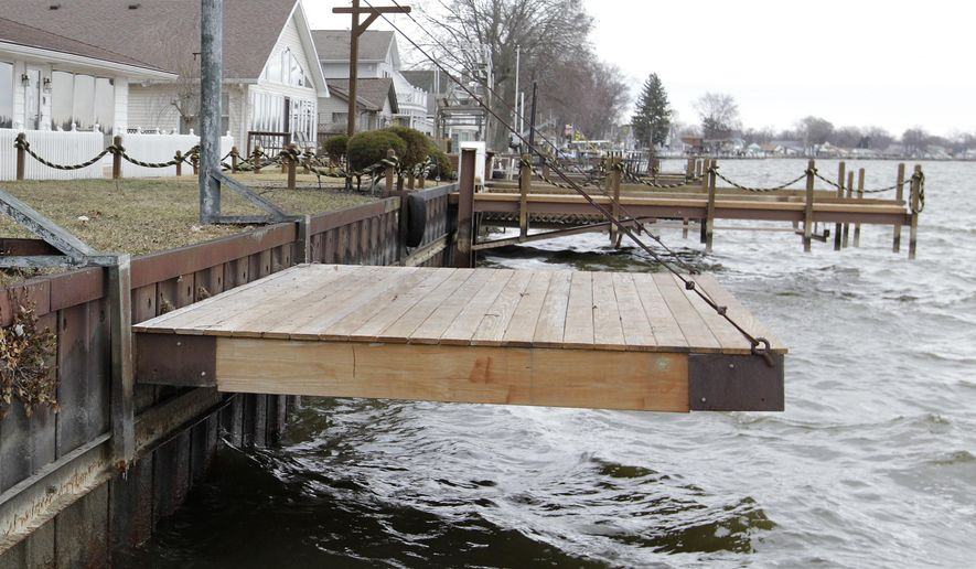 File this march 23 2015 file photo shows newer docks for Buckeye lake fishing
