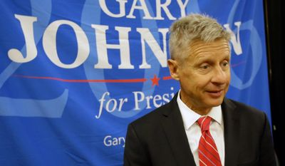 Libertarian presidential candidate Gary Johnson speaks to supporters and delegates at the National Libertarian Party Convention, Friday, May 27, 2016, in Orlando, Fla. (AP Photo/John Raoux)