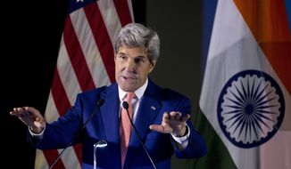 U.S. Secretary of State John Kerry addresses students at Indian Institute of Technology (IIT) in New Delhi, India, Wednesday, Aug. 31, 2016. Kerry is on a three-day visit to India. (AP Photo/Saurabh Das)