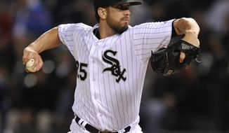 Chicago White Sox starter James Shields delivers a pitch during the first inning of a baseball game against the Tampa Bay Rays Monday, Sept. 26, 2016, in Chicago. (AP Photo/Paul Beaty)