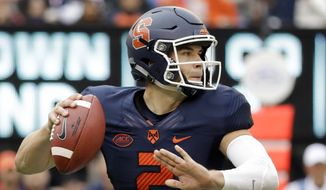 Syracuse quarterback Eric Dungey (2) throws a pass against Notre Dame during the first half of NCAA college football game, Saturday, Oct. 1, 2016, at MetLife Stadium in East Rutherford, N.J. (AP Photo/Julio Cortez) **FILE**