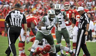 FILE - In this Sept. 25, 2016, file photo, New York Jets defensive end Sheldon Richardson (91) celebrates after sacking Kansas City Chiefs quarterback Alex Smith (11) during an NFL football game in Kansas City, Mo. Richardson has split his time this season between defensive line and outside linebacker. (AP Photo/Ed Zurga, File)