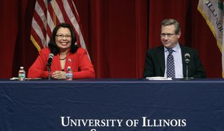 Republican U.S. Sen. Mark Kirk, right, and Democratic U.S. Rep. Tammy Duckworth, left, face off in their first televised debate in what's considered a crucial race that could determine which party controls the Senate, Thursday, Oct. 27, 2016, at the University of Illinois in Springfield, Ill. (AP Photo/Seth Perlman)
