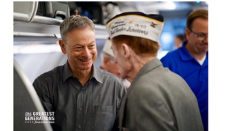 Gary Sinise with World War II veterans. (Photo courtesy of The Greatest Generations Foundation)