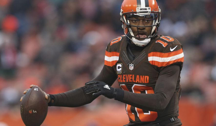 Cleveland Browns Quarterback Robert Griffin Iii 10 Looks
