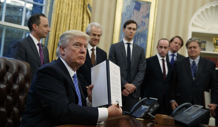donald trump signs executive order defunding international planned