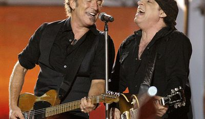 Bruce Springsteen and the E Street Band - Super Bowl XLIII (2009) Bruce Springsteen, left, and Steven Van Zandt, of Bruce Springsteen and the E Street Band, perform at halftime at the NFL Super Bowl XLIII football game between the Arizona Cardinals and Pittsburgh Steelers in Tampa, Fla. (AP Photo/Winslow Townson)