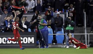 United States' Sebastian Lletget, right, celebrates his goal as teammate Darlington Nagbe, left, follows during the first half of a World Cup qualifying soccer match against Honduras on Friday, March 24, 2017, in San Jose, Calif. (AP Photo/Marcio Jose Sanchez)