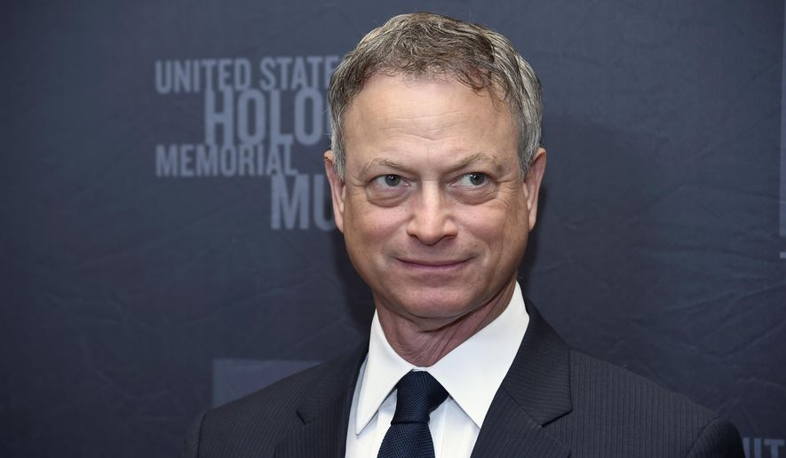 In this March 16, 2015 file photo Gary Sinise arrives at a charity event at the Beverly Hilton Hotel in Beverly Hills, Calif. (Photo by Chris Pizzello/Invision/AP, File)  **FILE**