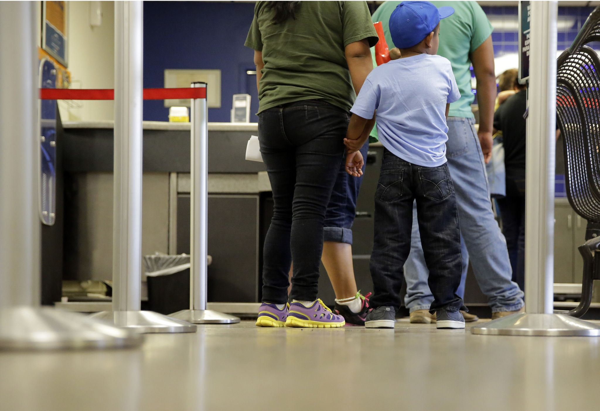 Illegal immigrant children released to criminals in U.S. illegally themselves