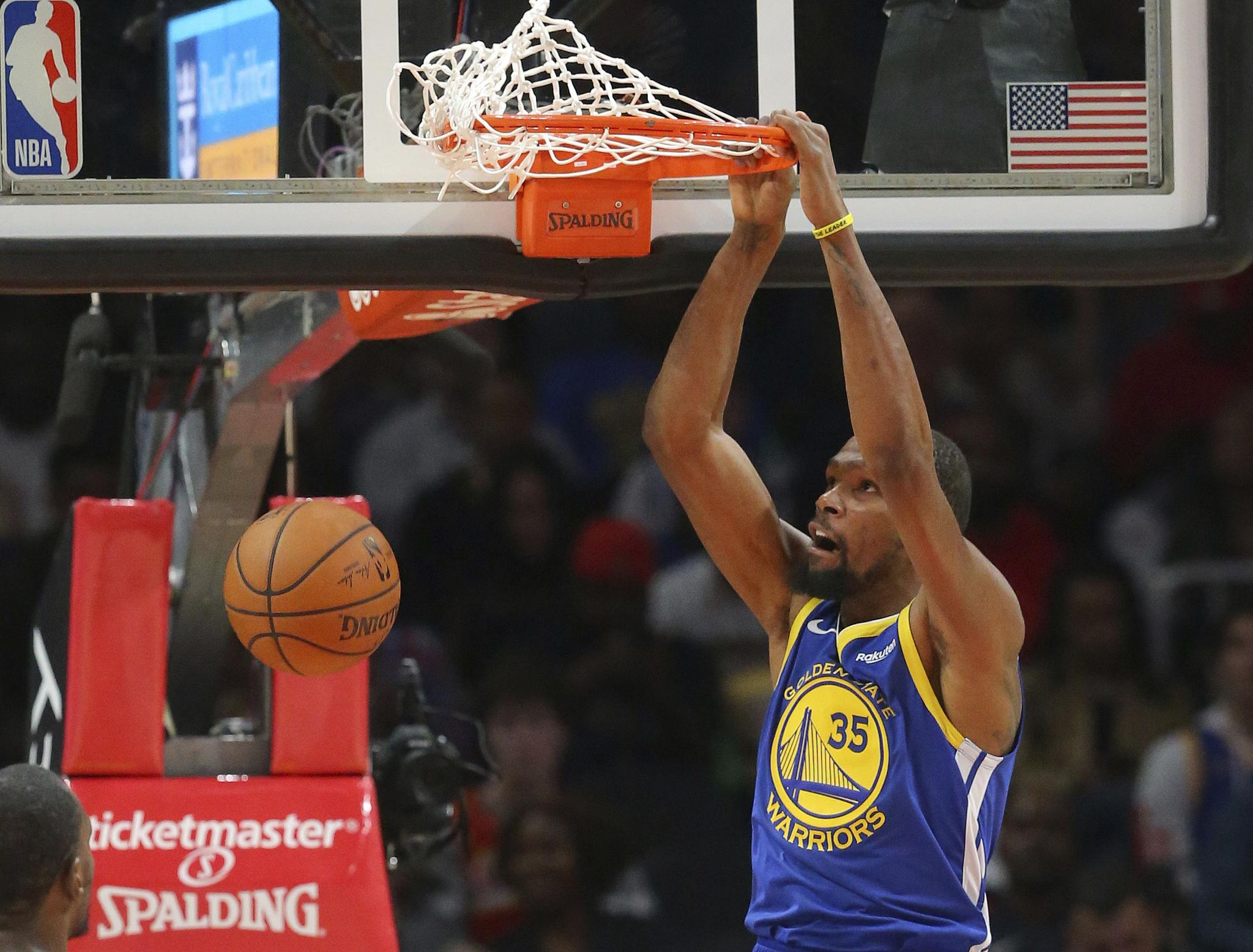 Big Three leads Warriors to 128-111 win over Atlanta