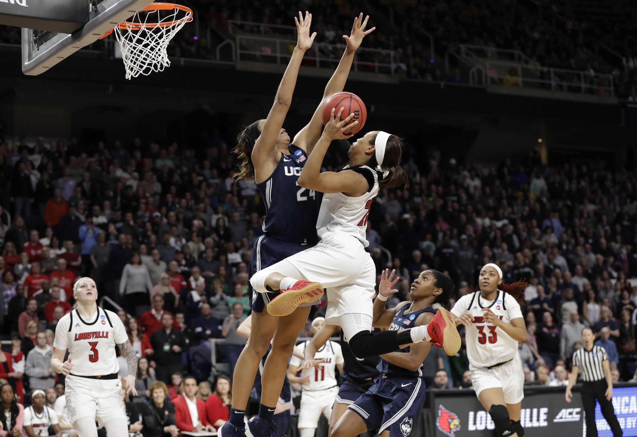 Asia Durr ends impressive career at Louisville