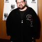 "Indie director Kevin Smith knows to stick to what audiences want from him after the poorly received ""Jersey Girl."""