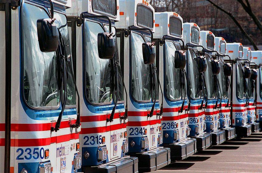 **FILE** Metro buses. Nancy Pastor / The Washington Times.