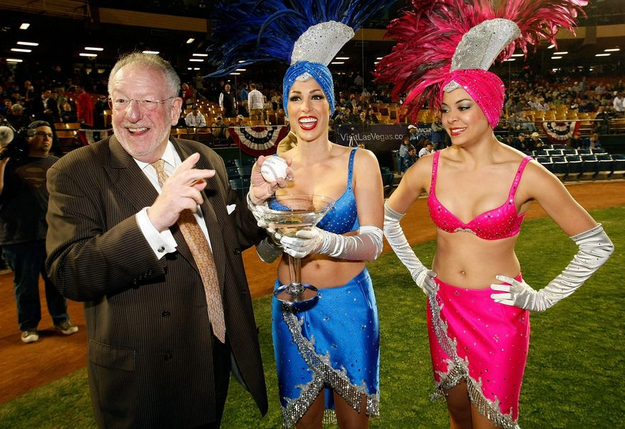 """Las Vegas Mayor Oscar Goodman says President Obama """"owes us an apology"""" for warning businesses away from the gaming mecca. Getty Images."""