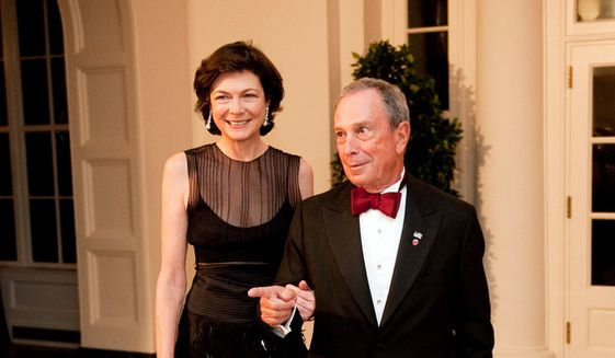 Then-New York Mayor Michael Bloomberg and Diana Taylor arrive for the State Dinner in honor of the Prime Minister of India at the White House in Washington, D.C. Tuesday, Nov. 24, 2009. (Michael Connor/The Washington Times) ** FILE **