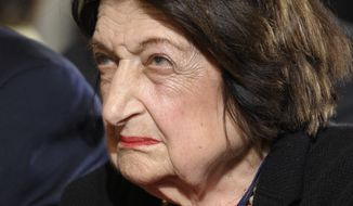 ** FILE ** Helen Thomas (AP Photo/Susan Walsh, File)