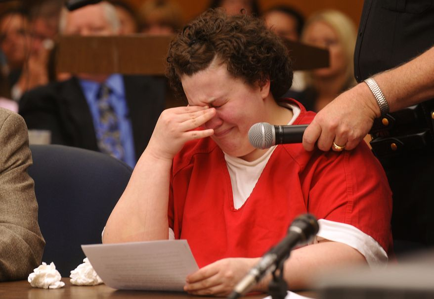 Melissa Huckaby reads a statement at her sentencing in the San Joaquin County Courthouse in Stockton, Calif., on Monday, June 14, 2010. The Sunday school teacher who pleaded guilty to kidnapping and murdering neighbor girl, Sandra Cantu, in Northern California made a tearful apology to the victim's family Monday as she was sentenced to prison for the rest of her life. (AP Photo/The Record, Michael McCollum)