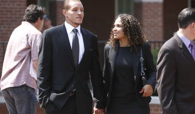 Cleveland Cavaliers basketball guard Delonte West leaves Prince George's County, Md., Circuit Court, Thursday, July 15, 2010, after pleading guilty to weapons and traffic charges. (AP Photo/Jacquelyn Martin)