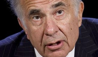 FILE - In this Oct. 11, 2007 file photo, activist investor Carl Icahn speaks at the World Business Forum in New York. Activist investor Carl Icahn declared an end to his brief truce with boutique film studio Lions Gate Entertainment Corp. on Tuesday, July 20, 2010, renewing his bid to take over the company and replace its board.(AP Photo/Mark Lennihan, file)