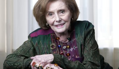 "**FILE ** Actress Patricia Neal, pictured in 2008, won a best-actress Oscar in 1964 for ""Hud"" and later fought back from crippling strokes. She died on Sunday, Aug. 8, 2010, at age 84. (AP Photo/Mark Humphrey, File)"