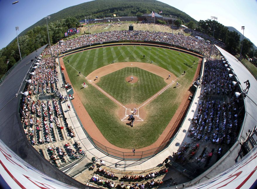 ASSOCIATED PRESS Waipahu, Hawaii, pitcher Cody Maltezo throws the first pitch against Tokyo, Japan, in the first inning of the Little League World Series championship baseball game at Lamade Stadium in South Williamsport, Pa., Sunday, Aug. 29, 2010.