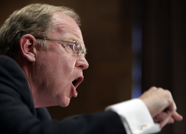 Thomas Baxter, Jr., general counsel and executive vice president of the Federal Reserve Bank of New York, testifies on Capitol Hill in Washington, Wednesday, Sept. 1, 2010, before the Financial Crisis Inquiry Commission. (AP Photo/Carolyn Kaster)