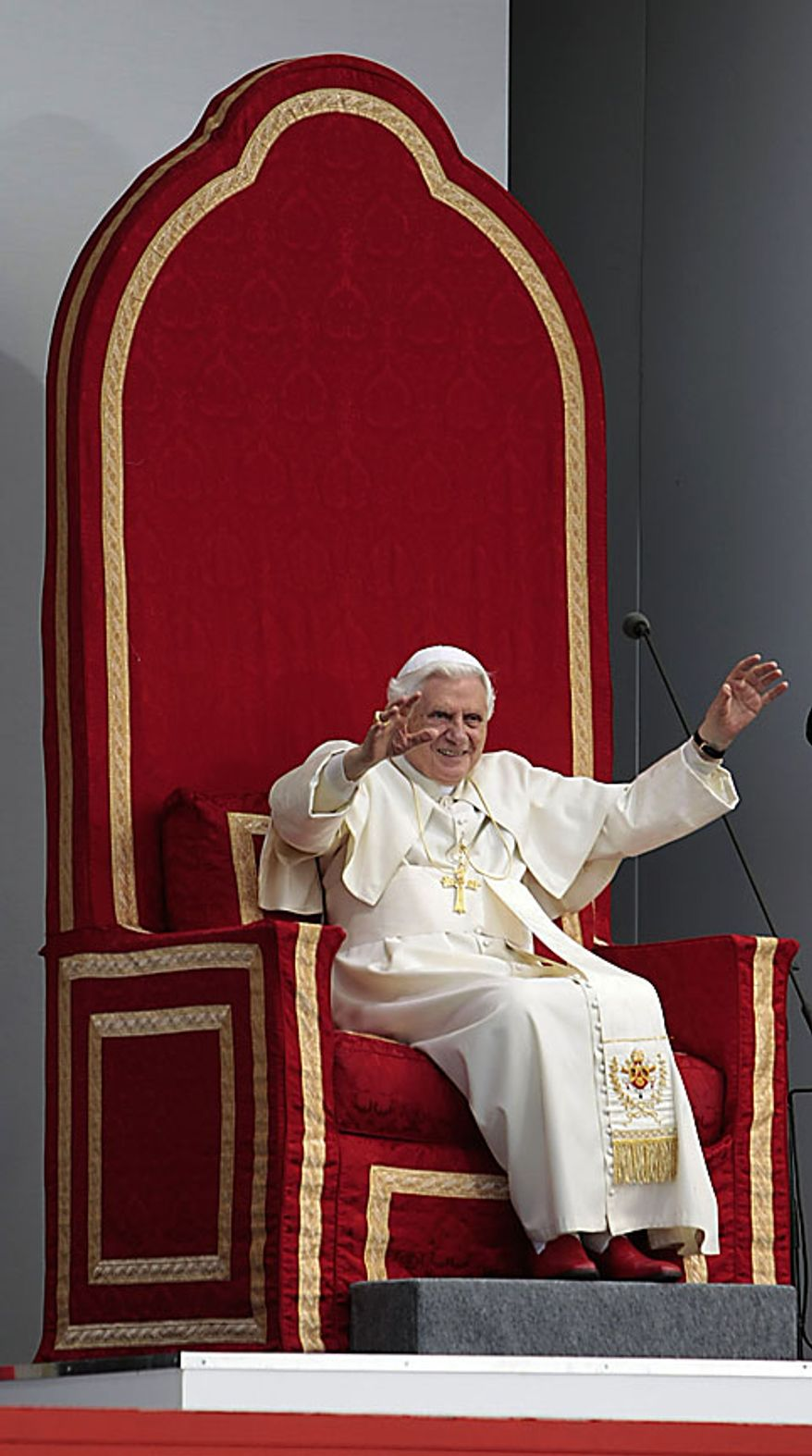 Pope Benedict XVI greets faithful during his visit at St. Mary University college in London, Friday, Sept. 17, 2010. (AP Photo/Gregorio Borgia)