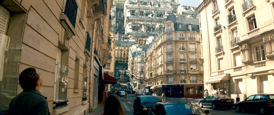 """WARNER BROS. VIA ASSOCIATED PRESS The twists and turns of the world of """"Inception,"""" with ideas that can't fit into a feature film, will be adapted for a video game, filmmaker Christopher Nolan says."""