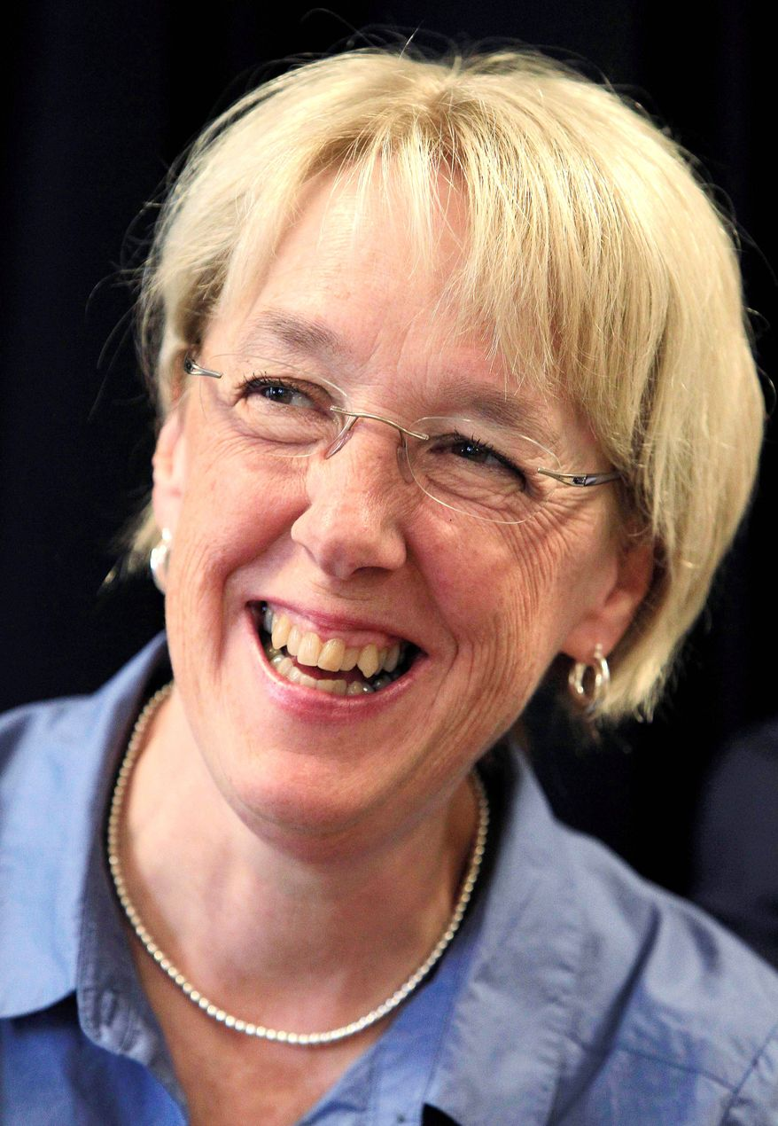 ASSOCIATED PRESS Sen. Patty Murray of Washington has moved ahead of challenger Dino Rossi since she tied his candidacy to repealing banking regulations.