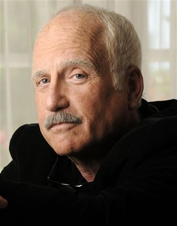 FILE - In this Oct. 7, 2008 file photo, Richard Dreyfuss  poses for a portrait at the Four Seasons Hotel in Beverly Hills, Calif. Oscar winner Richard Dreyfuss is receiving the 2010 Empire State Archives and History Award for his efforts to improve civics education in America's schools. According to the Archives Partnership Trust, the actor is scheduled to receive the award in Albany, N.Y., on Tuesday night, Sept. 28, 2010, following a public discussion with nationally prominent Lincoln scholar Harold Holzer. (AP Photo/Chris Pizzello, File)