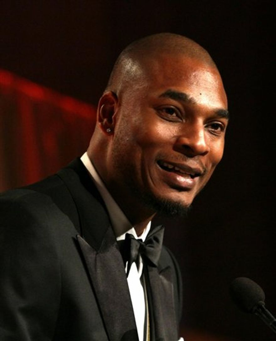 """Terrance Hayes, winner of the National Book Award for Poetry for his book """"Lighthead"""", speaks at the National Book Awards Wednesday Nov. 17, 2010 in New York. (AP Photo/Tina Fineberg)"""