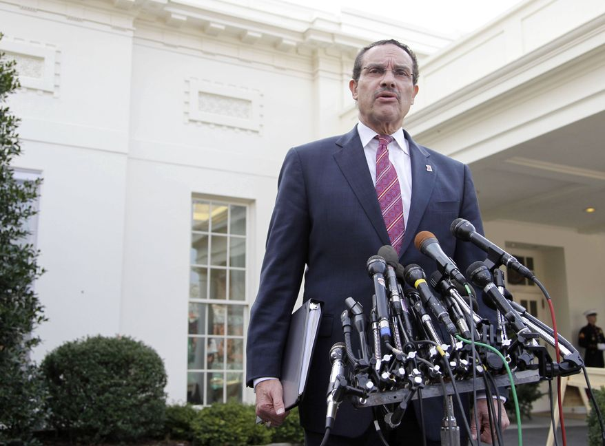 Washington Mayor-elect Vincent Gray speaks to members of the media outside the White House in Washington on Wednesday, Dec. 1, 2010, following his luncheon meeting with President Obama. (AP Photo/Pablo Martinez Monsivais)