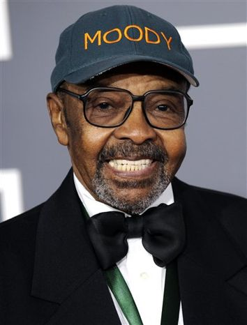 FILE - In this Sunday, Feb. 8, 2009 file photo, James Moody arrives at the 51st Annual Grammy Awards in Los Angeles. Jazz saxophonist James Moody, who recorded more than 50 solo albums as well as songs with the likes of Dizzy Gillespie, Quincy Jones, Lionel Hampton and B.B. King, has died. He was 85. (AP Photo/Chris Pizzello, File)