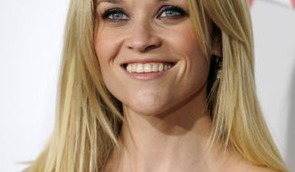 """** FILE ** In this Dec. 13, 2010, file photo, Reese Witherspoon arrives at the premiere of the film """"How Do You Know"""" in Los Angeles. A representative for Witherspoon confirmed on Tuesday, Dec. 28, 2010, that Witherspoon is engaged to Hollywood agent Jim Toth. (AP Photo/Chris Pizzello, File)"""