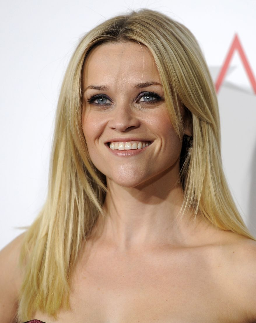 "** FILE ** In this Dec. 13, 2010, file photo, Reese Witherspoon arrives at the premiere of the film ""How Do You Know"" in Los Angeles. A representative for Witherspoon confirmed on Tuesday, Dec. 28, 2010, that Witherspoon is engaged to Hollywood agent Jim Toth. (AP Photo/Chris Pizzello, File)"