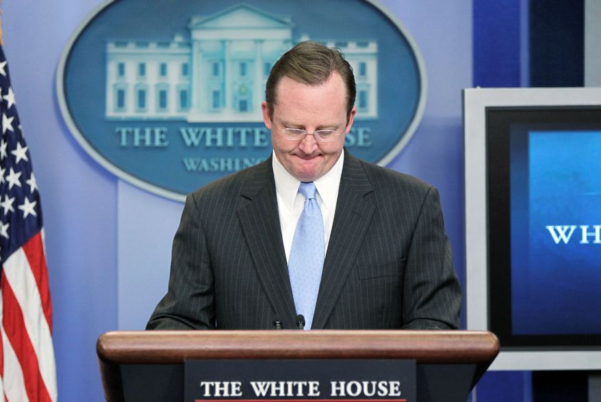 White House press secretary Robert Gibbs, who joined President Obama's staff when Mr. Obama was running for the U.S. Senate, announces Wednesday that he will join other high-ranking staffers leaving the presidential staff. (Associated Press)