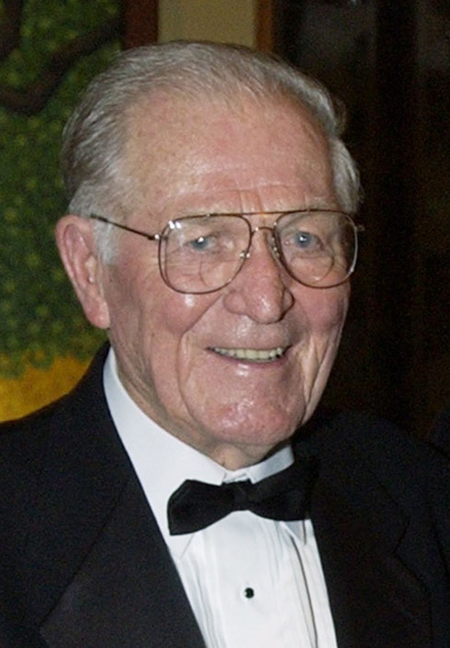 "Maj. Richard ""Dick"" Winters was described by comrades as a man of outstanding leadership. His World War II exploits were chronicled in the book and television miniseries ""Band of Brothers."" (Associated Press)"