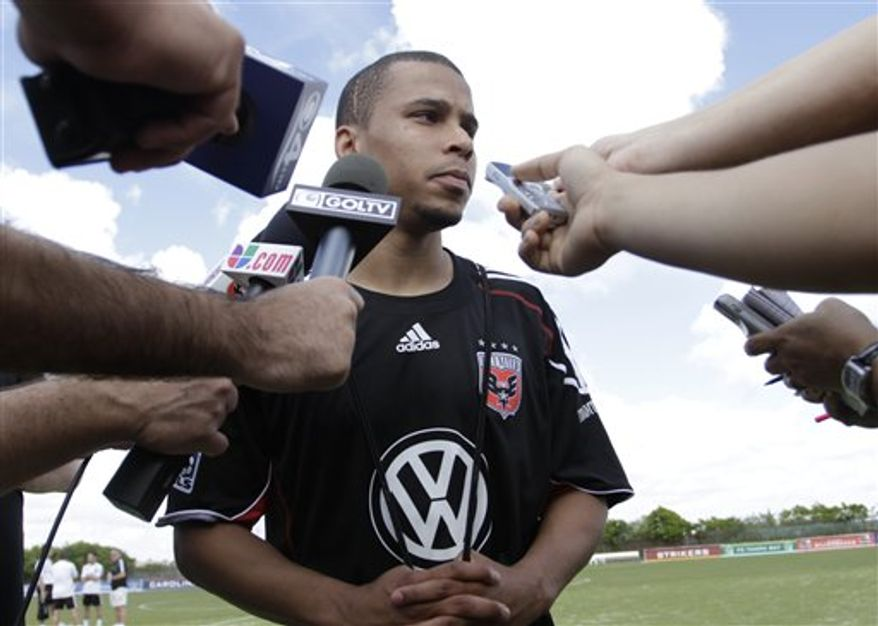 Charlie Davies will try to resurrect his career with D.C. United after suffering life-threatening injuries in a car accident two years ago. (AP Photo/J Pat Carter)