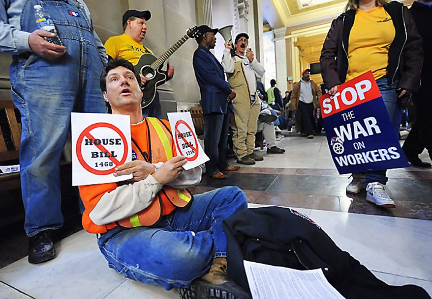 Union member Cliff Wolfe of Battleground, Ind., protests several anti-labor bills outside the Senate chambers at the Indiana Statehouse on Tuesday, Feb. 22, 2011, in Indianapolis. (AP Photo/Indianapolis Star, Matt Detrich)