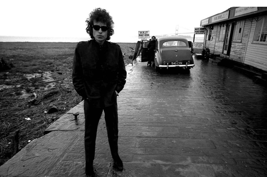 Bob Dylan in Aust, England, 1966. (Photo by Barry Feinstein)