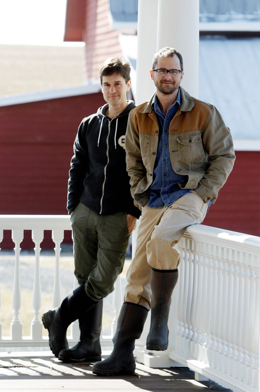"A 2006 apple-picking outing led Brent Ridge (left) and Josh Kilmer-Purcell to buy a farm and become Planet Green's ""Fabulous Beekman Boys."" (Associated Press)"