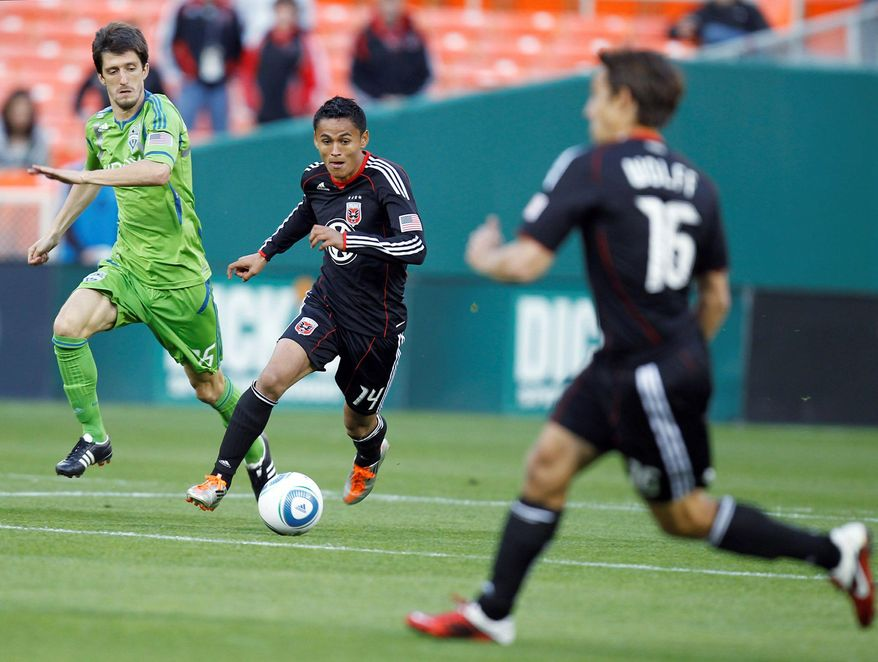 D.C. United's Andy Najar scored one of the goals in the 2-2 draw with the Philadelphia Union on Saturday. (Associated Press)